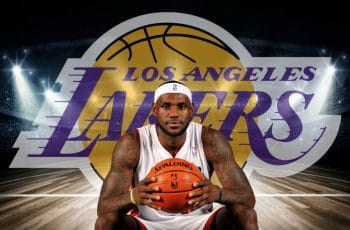 LeBron James e lo stemma dei Los Angeles Lakers sullo sfondo