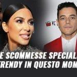 Kim Kardashian, Kanye West, Rami Malek e la scritta