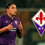 Luis Muriel e il logo della Fiorentina