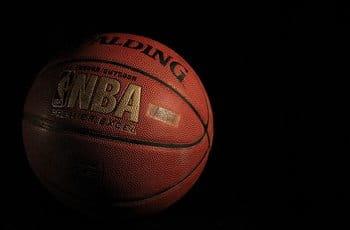 Un pallone da basket della NBA