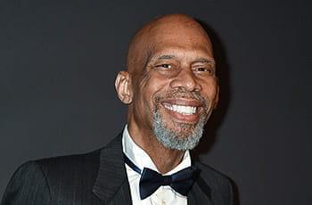 L'ex campione di basket NBA Kareem Abdul-Jabbar