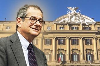 Il ministro dell'Economia, Giovanni Tria, e sullo sfondo il palazzo del ministero