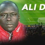 Ali Dia con la divisa del Southampton e uno stadio affollato durante una partita