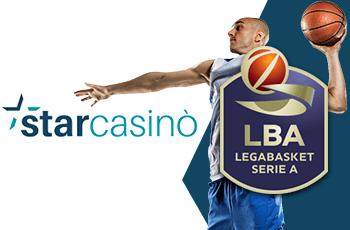 Un giocatore di basket, il logo della Lega Basket Serie A e il logo di StarCasinò