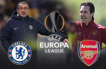 Maurizio Sarri e lo stemma del Chelsea, Unai Emery e lo stemma dell'Arsenal e il logo dell'Europa League