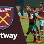 Il logo del West Ham, il logo di Betway, dei giocatori del West Ham