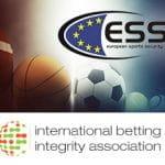 I loghi di ESSA e IBIA e alcuni palloni e palline da sport