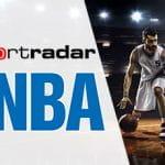 Il logo NBA, il logo Sportradar, alcuni giocatori di basket generici