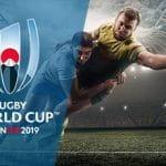 Il logo della Coppa del Mondo di rugby Giappone 2019 e dei rugbisti generici in azione