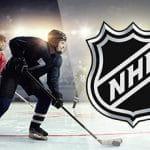 Dei giocatori di hockey su ghiaccio generici e il logo della NHL
