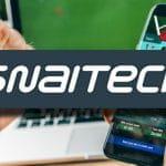 Il logo di Snaitech, un laptop e uno smartphone
