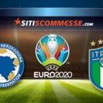 Il logo della nazionale della Bosnia, il logo di Euro 2020 e il logo della nazionale dell'Italia