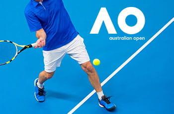 Un giocatore di tennis e il logo degli Australian Open 2020