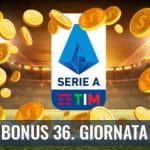 """Il logo della Serie A 2029-2020, delle monete d'oro su un campo da calcio e la scritta """"Bonus 36. giornata"""""""