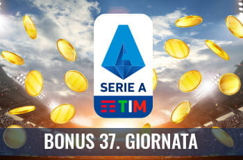 """Il logo della Serie A 2029-2020, delle monete d'oro su un campo da calcio e la scritta """"Bonus 37. giornata"""""""