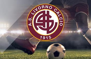 Il logo del Livorno e un calciatore in azione