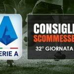 Il logo della Serie A, calciatori in azione e la scritta Consigli scommesse 32° giornata