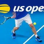 Il logo dello US Open e un tennista generico in azione.