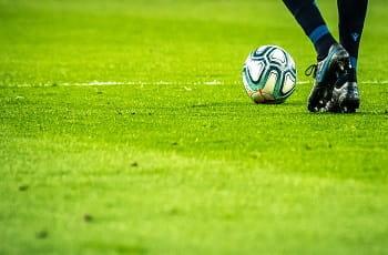 Un calciatore in azione