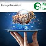 I loghi della gambling authority e della lotteria nazionale olandese e uno smartphone con la scritta Sports betting