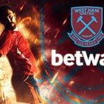 I loghi di Betway e West Ham e un calciatore