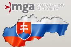 Il logo della MGA e la sagoma con la bandiera della Slovacchia