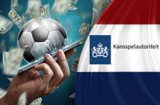 Il logo della Kansspelautoriteit, la bandiera olandese, uno smartphone e un pallone da calcio