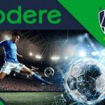 I loghi di codere e dei Monterrey Rayados e un giocatore di calcio in azione