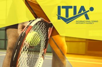 Il logo dell'ITIA, una racchetta da tennis e una pallina