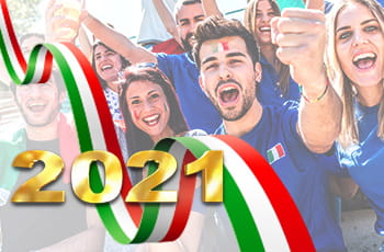 Tifosi italiani che esultano, bandiera italiana e anno 2021.